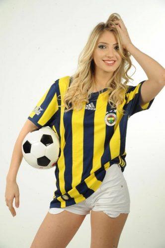 İstanbul Fenerbahçeli escort bayan Aynur